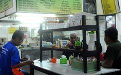 Berawal Dari Pikulan, Warung Haji Ridwan Eksis Sejak 1925