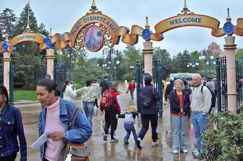 Pesta Kelulusan, Pangeran Saudi Sewa Disneyland Paris Tiga Hari