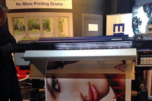 Cara Printer 64 Inci Epson Mencetak dengan Presisi