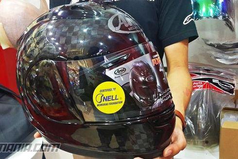 Parade Helm Karbon Harga Jutaan Rupiah