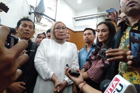 Atiqah Hasiholan Bersyukur Ibunya Divonis Dua Tahun Penjara