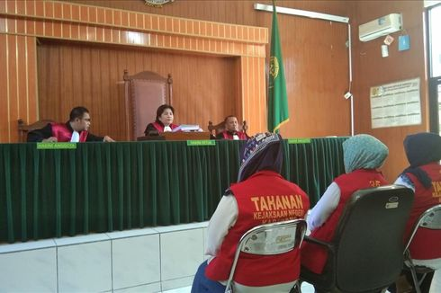 Sidang Tuntutan Tiga Emak-emak Pepes Karawang Ditunda, Pengunjung Gaduh