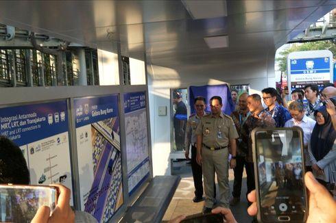 Permudah Warga Naik Transportasi Umum, DKI Pasang Peta Rute di 28 Halte