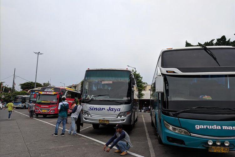 Pemudik Yang Pesan Tiket Bus Di Kalideres Belum Banyak