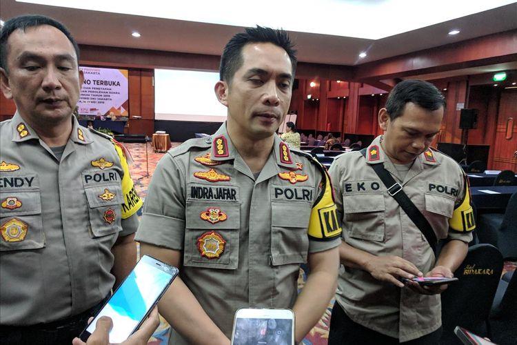 Kapolres Metro Jakarta Selatan, Kombes Indra Jafar memberi keterangan di Hotel Bidakara, Pancoran, Jakarta Selatan