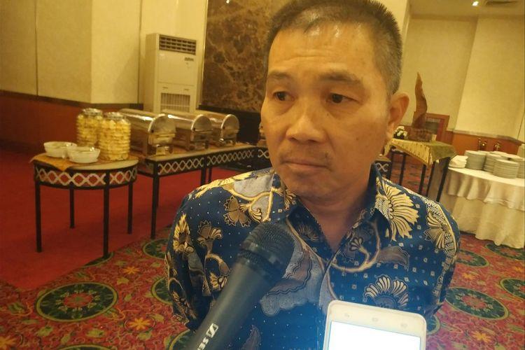 Wakil Ketua Umum Aprindo Tutum Rahanta memberikan keterangan saat ditemui di Grand Sahid Jaya, Jakarta, Rabu (22/25/2019).