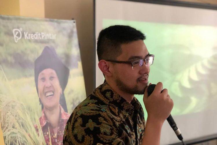 CEO Kredit Pintar Wisely Reinharda Wijaya memberi penjelasan saat perluncuran Program Kredit Pintar di Jakarta, Rabu (22/5/2019).