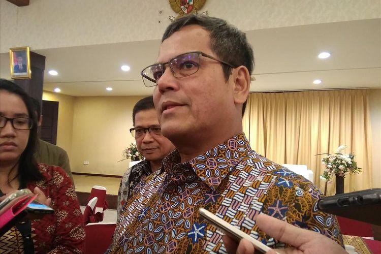 Direktur Jendral Perkeretaapian Kemenhub, Zulfikri saat memaparkan kesiapan angkutan KA mudik di Jakarta, Jumat (24/5/2019)