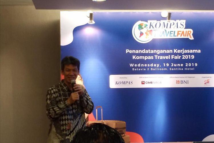 Direktur Bisnis Harian Kompas Lukas Widjaja dalam acara penandatanganan kerja sama kemitraan Kompas Travel Fair di Jakarta, Rabu (19/6/2019).