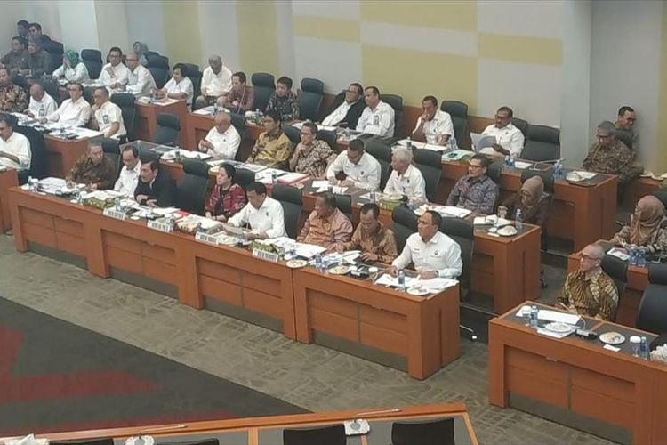 Di DPR, Menko Darmin Sebut Ekonomi RI Tetap Tumbuh, Meskipun...