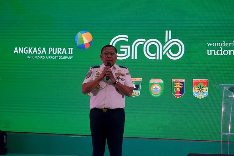 Direktur Jenderal Perhubungan Darat Kemenhub, Budi Setiadi, menyebut tahun 2020 pihaknya akan membangun sejumlah terminal transportasi darat setara dengan bandara.