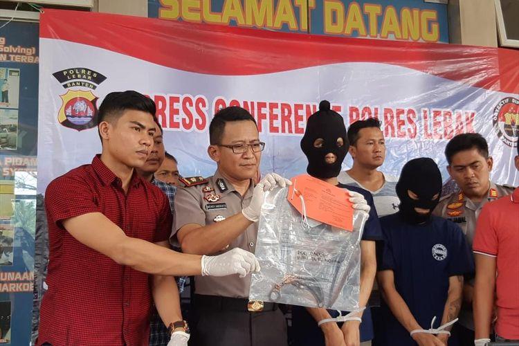 Polres Lebak saat ekspose kasus pembunuhan Endang Hidayat, Jumat (12/7/2019)