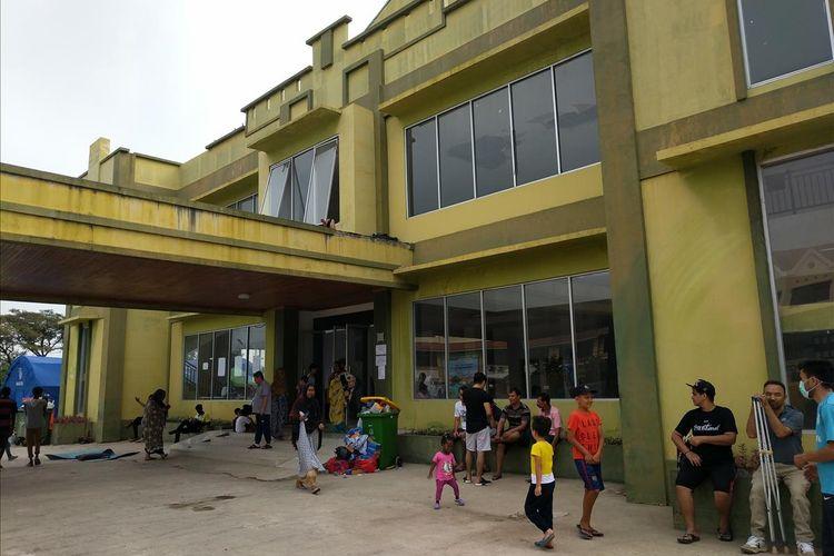 para pencari suaka yang menempati eks kodim, Kalideres, Jakarta Barat