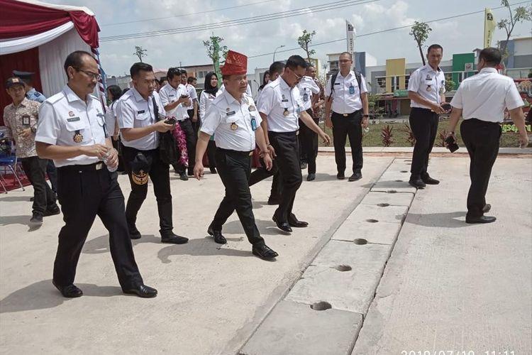 Direktorat Jenderal Imigrasi Kementerian Hukum dan Hak Asasi Manusia Republik Indonesia, Ronny Franky Sompie meresmikan rumah susun Kantor Imigrasi Kelas 1Batam.