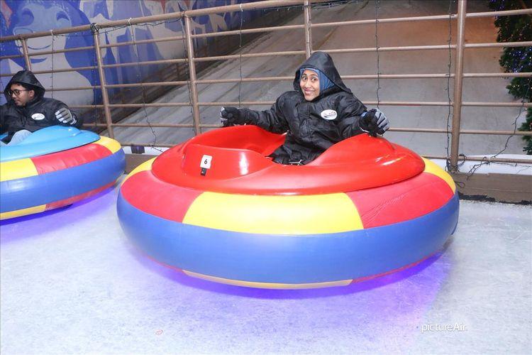 Wahana bermain dan belajar, Snow City yang berada di kawasan Science Center, Singapura memperkenalkan mainan baru yakni Bumper Car.