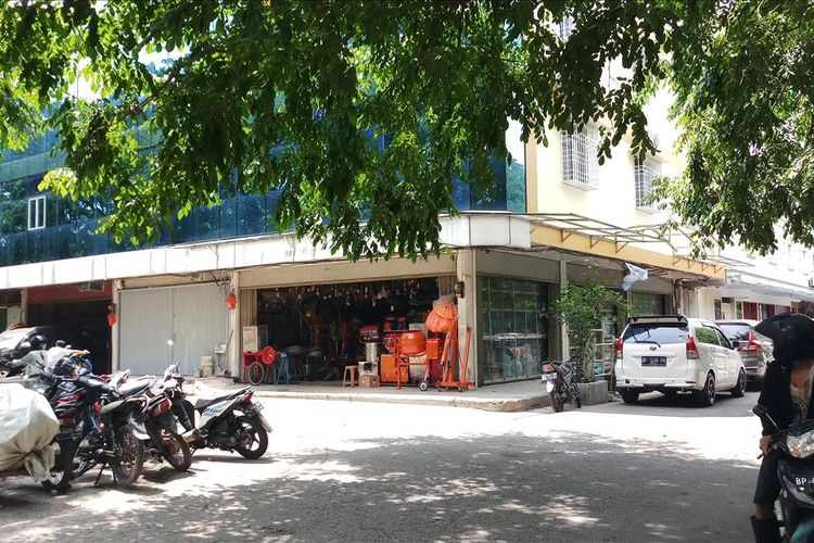 Di Batam, KPK Gelegah Rumah Ajudan Staf Gubernur Kepri Non Aktif dan Kock Meng