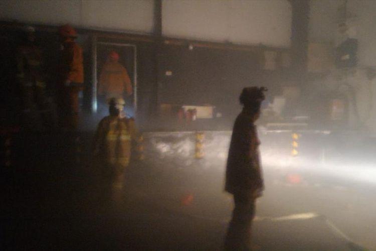 Sebuah Gudang Daging di Pulogadung, Jakarta Timur Terbakar, Kerugian Capai Rp 100 Juta, Selasa (23/7/2019).