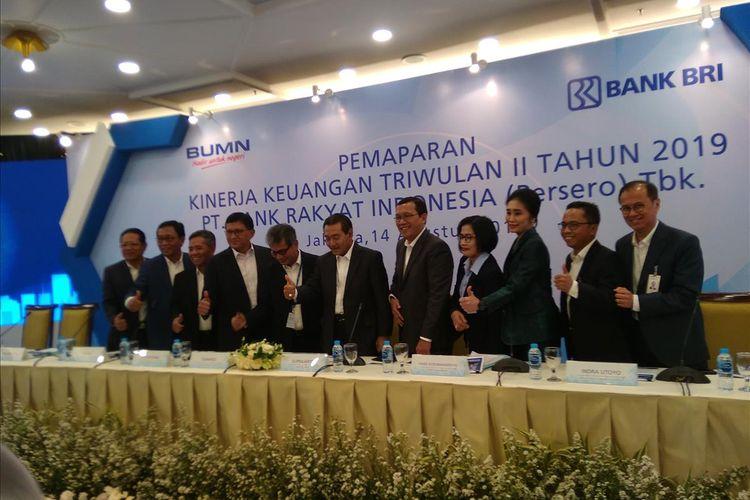 Direkti Bank BRI dalam konferensi pers laporan kinerja keuangan semester I 2019 di Jakarta, Rabu (14/8/2019).