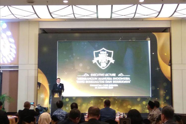 Dirut Perum Bulog Budi Waseso saat menyampaikan sambutan di Graha Cimb Niaga Jakarta, Kamis (15/8/2019).
