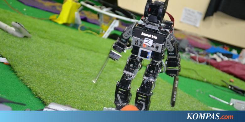 Uksw menangi kategori kontes robot sepak bola dan