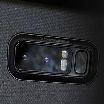 Bocoran foto yang disinyalir memperlihatkan kamera ganda Galaxy Note 8.