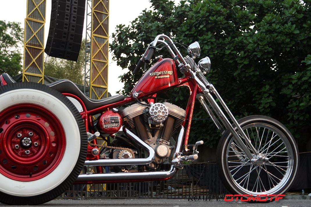 Sepeda motor roda tiga alias trike kustom yang dijadikan hadiah buat pemenang undian tiket Kustomfest 2017.