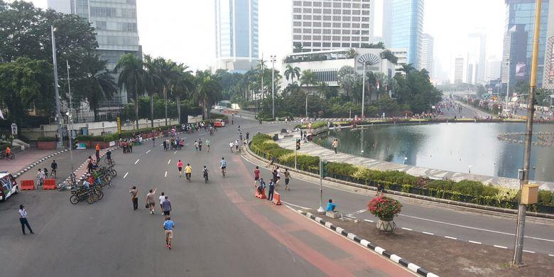 Kondisi kawasan bebas kendaraan bermotor atau car free day (CFD) di Bundaran HI, Jakarta pada Minggu (28/5/2017)