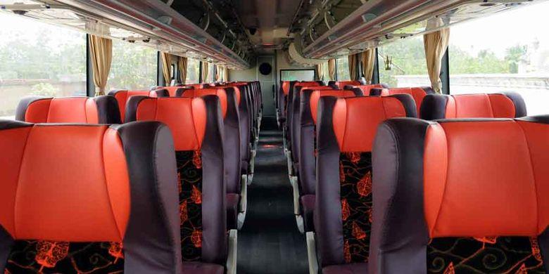 Bus tingkat baru dari PT Putera Mulya Sejahtera, melayani jurusan baru Bogor-Jakarta-Solo-Wonogiri. Di lantai atas tersedia 38 kursi, semuanya sudah dilengkapi sarana hiburan audio-video on demand. Di lantai bawah terdapat 6 kursi yang lebih eksklusif.