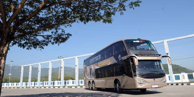 Bus tingkat baru dari PT Putera Mulya Sejahtera, melayani jurusan baru Bogor-Jakarta-Solo-Wonogiri.