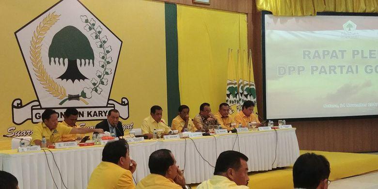 Rapat Pleno DPP Partai Golkar membahas pergantian Setya Novanto dari Ketua Umum dan Ketua DPR, Selasa (21/11/2017).