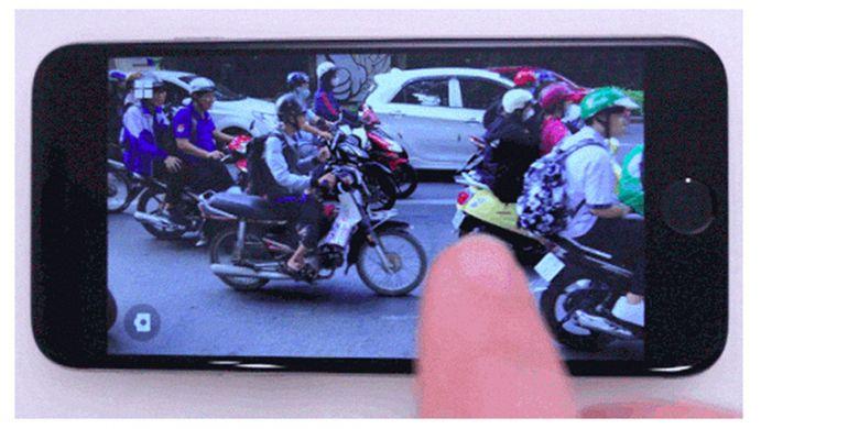 Aplikasi Scrubbies membikin video looping yang bisa diatur arah playback dan kecepatannya.