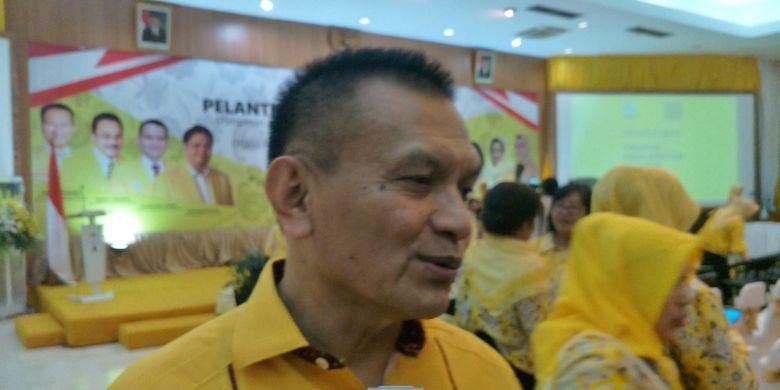 Golkar party secretary-general Lodewijk Freidrich Paulus during a meeting at the DPP office of Golkar, Slipi, West Jakarta, Sunday (18-03-2018).