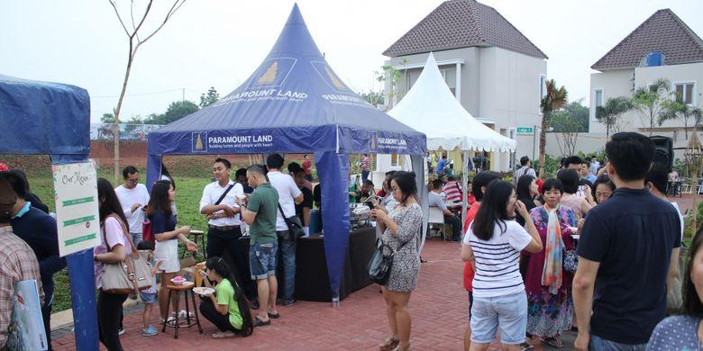 Warga Gading Serpong dan calon konsumen Paramount Land mengikuti Block Party @ Latigo Village dan Menteng Village di Gading Serpong untuk melihat langsung suasana residensial dan komersial.