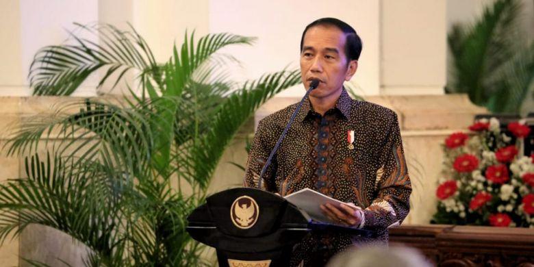 Presiden Jokowi saat melakukan pertemuan dengan sejumlah pimpinan perguruan tinggi negeri dan para pejabat di lingkungan Kementerian Riset, Teknologi, dan Pendidikan Tinggi di Istana Negara (10/10/2018)