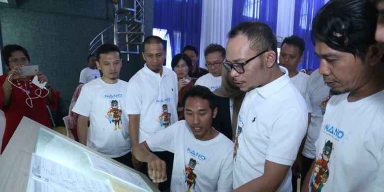 Menaker M. Hanif Dhakiri saat meninjau Creative Room di Balai Besar Pengembangan Latihan Kerja Bekasi (BBPLK) Bekasi, Jumat (16/11/2018).