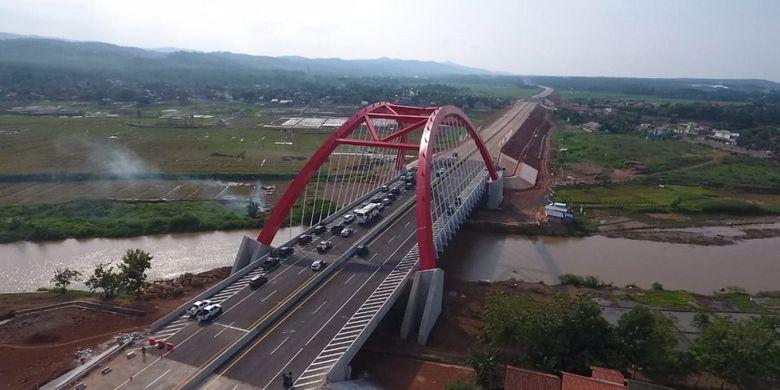 Kondisi Jembatan Kalikuto terkini yang merupakan bagian dari Jalan Tol Batang-Semarang, Jumat (7/12/2018).