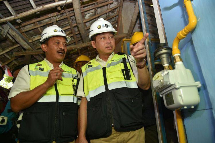 Menteri ESDM Ignasius Jonan meresmikan groundbreaking 5000 jaringan gas bumi di Mojokerto, Minggu (13/8/2017).