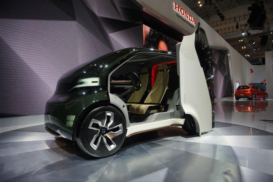 Honda pamerkan NeuV hadir di pameran GIIAS 2018