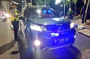 Kakorlantas: Tindak Tegas Mobil Pribadi yang Pakai Lampu Rotator!