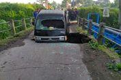 Jembatan Ambrol di Magelang, Dua Orang Terluka karena Terperosok