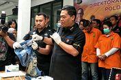 Kekasih Dhawiya Coba Kelabui Polisi Pakai Celana Jins