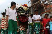 Jelang Cap Go Meh, Kasta Tertinggi Barongsai Dimandikan di Bogor