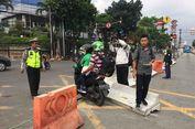 Protes Warga Berujung Penghentian Uji Coba Penutupan Tiga Simpang di Mampang Prapatan