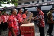 Hari Pertama Kerja, Wali Kota Magelang Bagi-bagi Kulkas