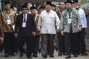 Alasan Prabowo Sering Pakai Baju Safari Berwarna Cokelat atau Putih