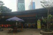 Atap Kios Rasuna Garden Food Street yang Diterbangkan Angin Selesai Diperbaiki