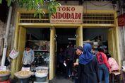 Mampir ke Toko Roti Sidodadi, Legenda Kuliner Kota Bandung...