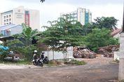 Menengok Lahan Damkar di Rawamangun yang Diduduki Pemulung...