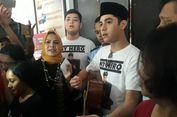 5 Fakta Al Ghazali Jenguk Ahmad Dhani, 'Semoga Ayah Kuat' hingga Menyanyi di Depan Rutan