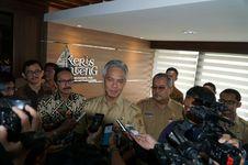 Gubernur Jateng Cerita Ada Pengusaha yang Tebus lzin Gangguan Rp 30 Juta